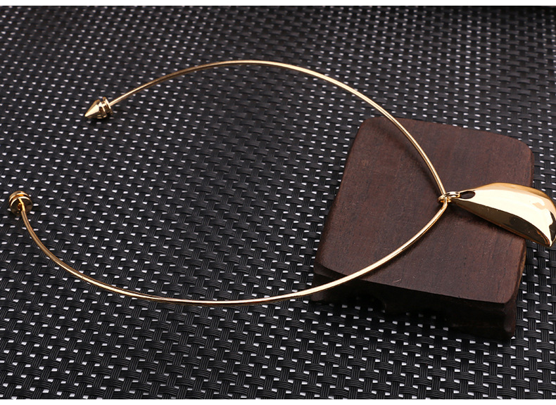 Occident and the United States coppernecklace NHBJ0207