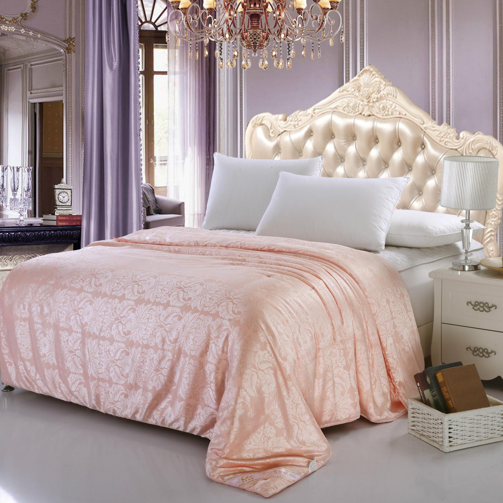 丝棉交织贡缎提花 定制蜘蛛花蚕丝被冬被芯床上用品
