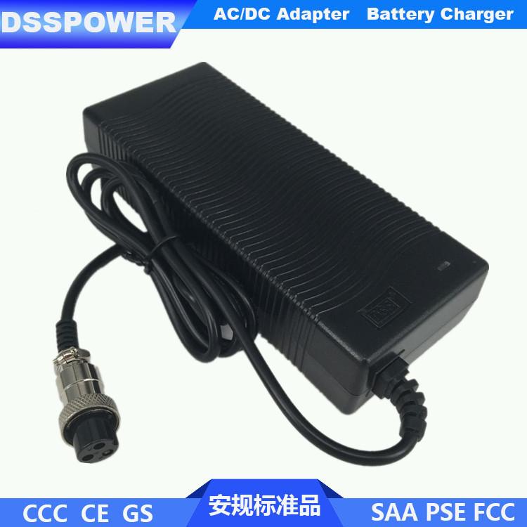 厂家热销 大容量锂电池充电器  IEC认证 电动车充电器 58.8V2A
