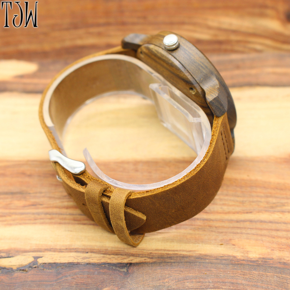 2019 Hot Sale Crazy Horse Leather Belt Wooden Watch Fashion Large Dial Quartz Wooden Manufacturers Wholesale One Generation