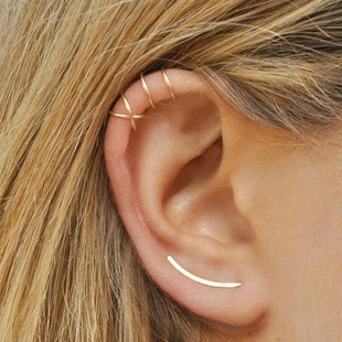 Middle East Africa Dubai best selling simple cross ear clip personality double C cartilage U-shaped double layer non-pierced earrings