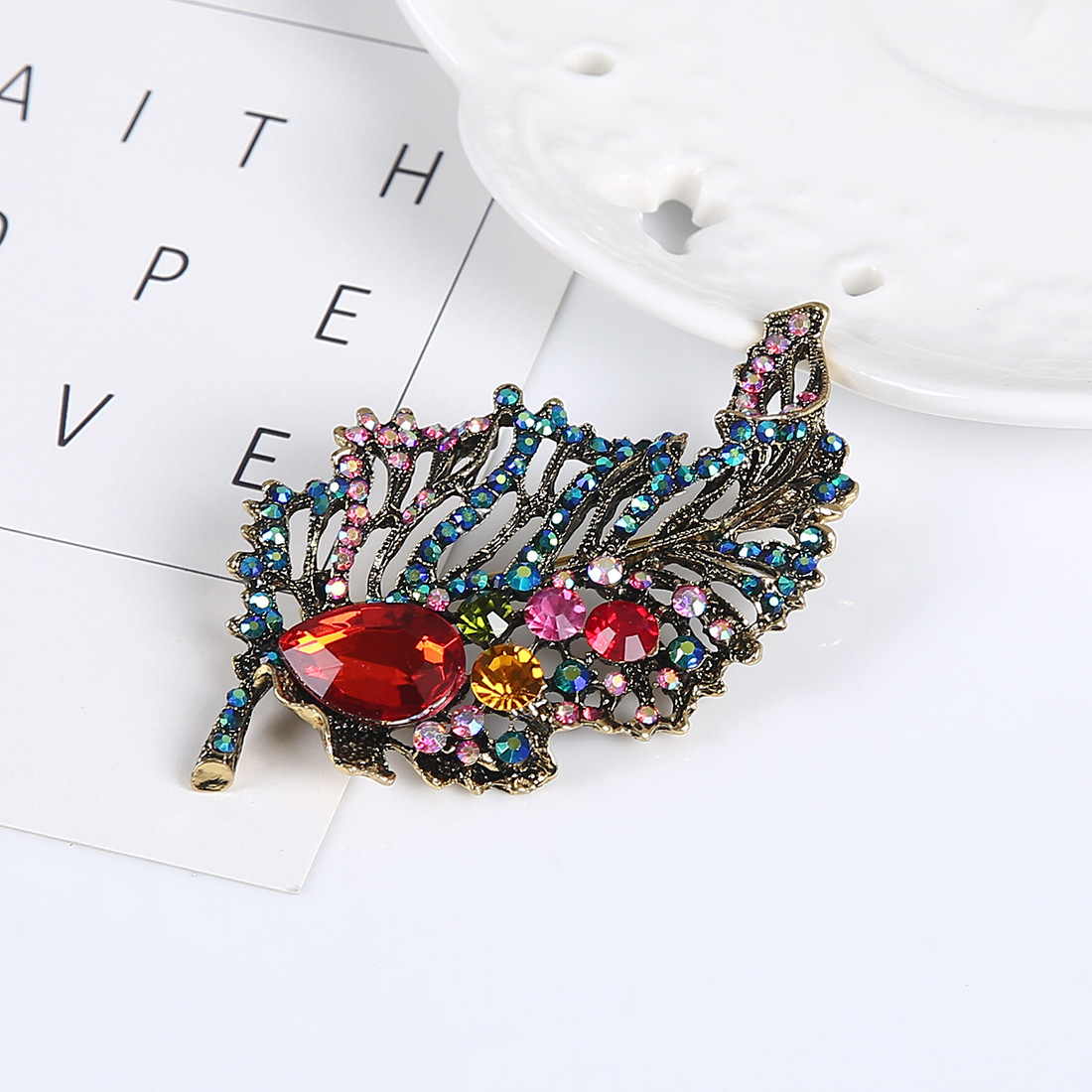 Korean version alloy plating brooch NHNMD3802