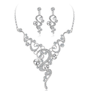 Hot-selling bridal wedding necklace and earrings in Europe and America two-piece shiny high-end crystal diamond necklace set