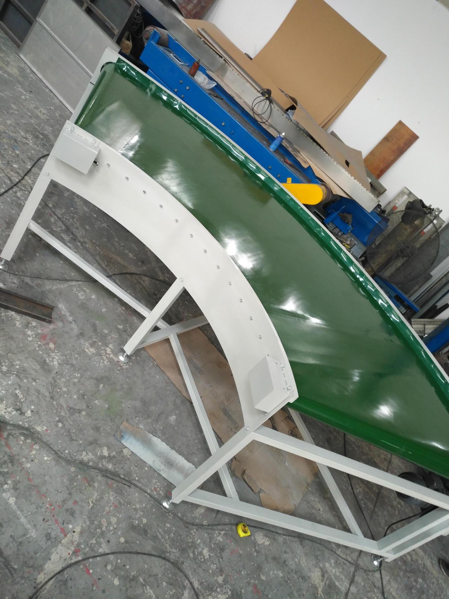 专业设计生产制作输送机非标机械爬坡输送机装配线流水线