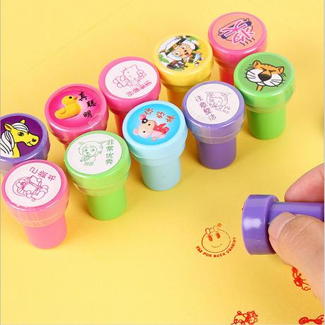 Một thế hệ con dấu đồ chơi, con dấu mặt, tem cao su mô hình tròn, con dấu, đồ dùng học sinh, bán buôn