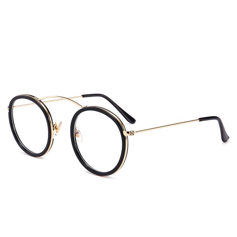 Màu ống kính: phim vàng đen