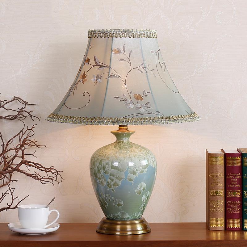 美式台灯卧室床头现代中式全铜装饰客厅沙发茶几家用护眼陶瓷台灯