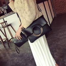 Túi xách nữ thời trang, kiểu dáng hiện đại, phong cách thanh lịch