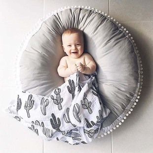 INS explosion style cotton wool ball fabric thickened children's carpet, round baby crawling mat, children's room decoration spot