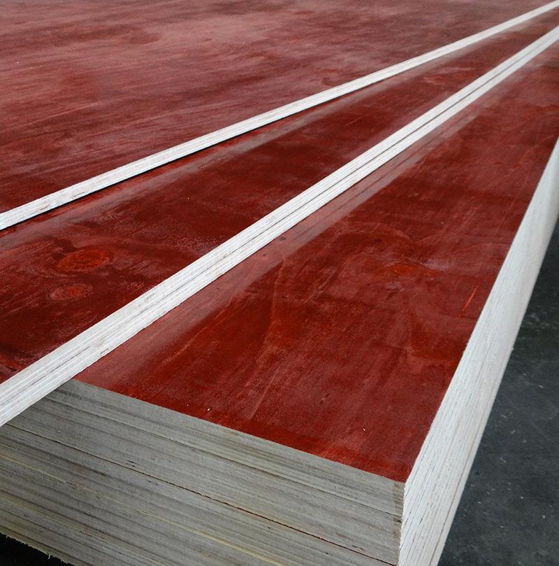 批发供应高质量品牌建筑模板红板胶合板防水性强,耐腐蚀