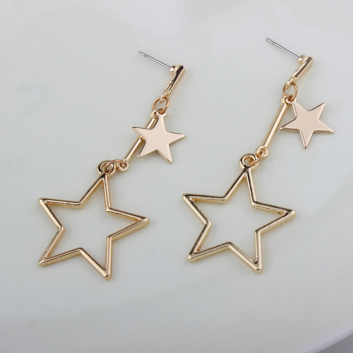 Simple alloy plating earring (Gold)NHNMD3759-Gold