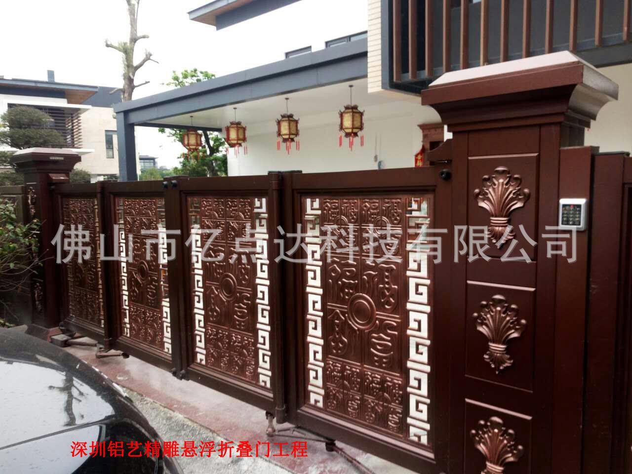深圳鋁藝精雕懸浮折疊門工程4