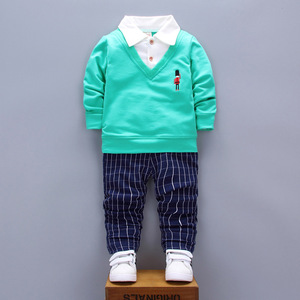 The spring and autumn male baby child cotton long sleeved sweater coat with children autumn soldier boy one generation