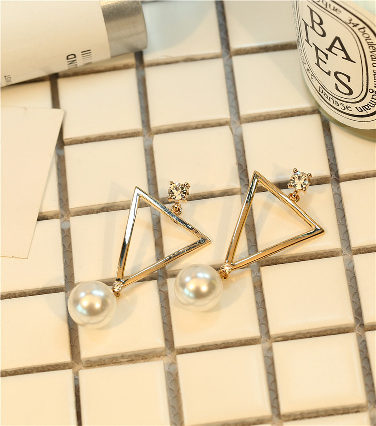 Star street shoot metal plating earring (A pair of gold)NHIM0710-A pair of gold