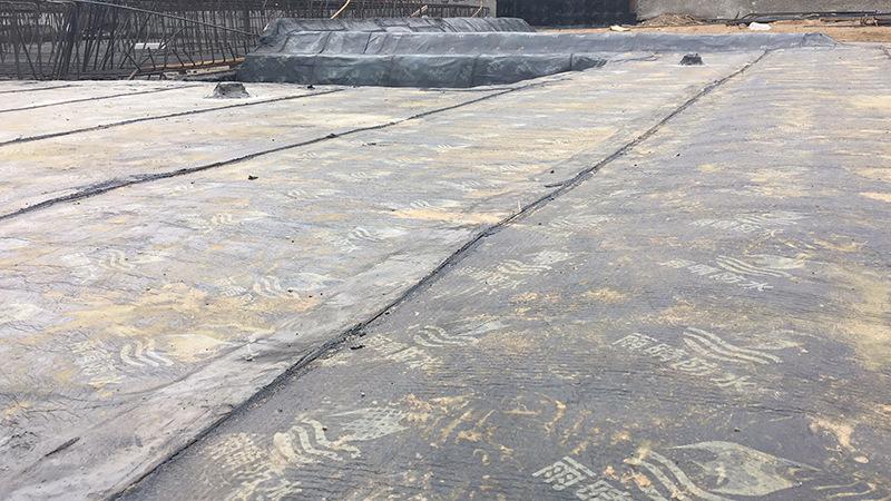 崇州喷涂速凝橡胶沥青道桥专用防水涂料厂价直销施工应用案例展示