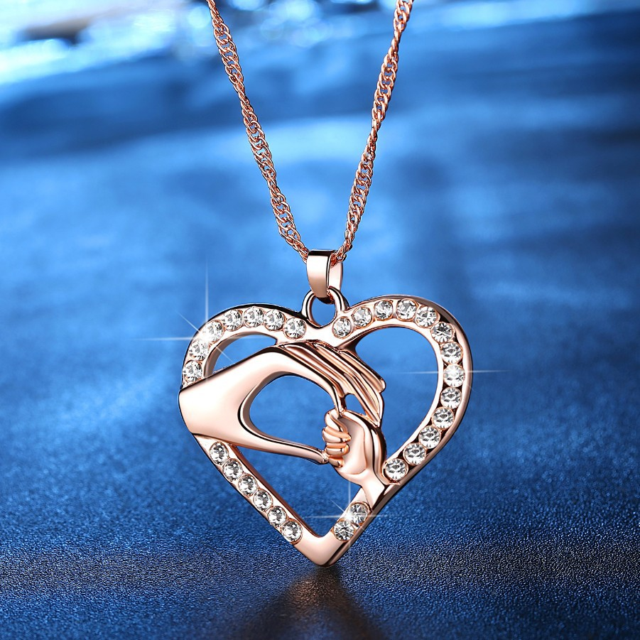 New fashion mother's hand heart-shaped necklace pendant mother's day necklace wholesale NHKN208026