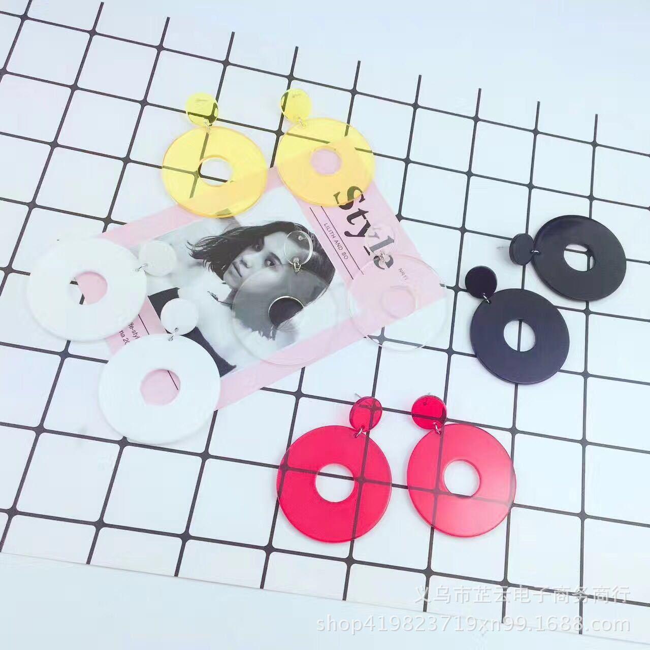 韩款 透明亚克力 圆形镂空耳环气质时尚蹦迪夜店可爱仙气耳钉