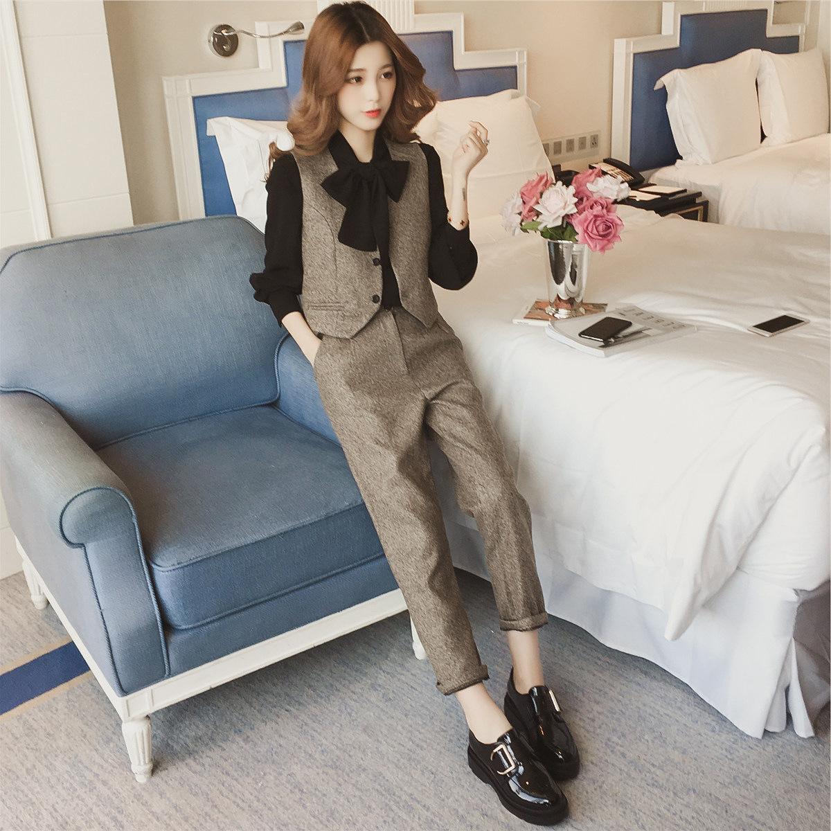 秋装新款职业套装女正装韩版职场气质修身休闲西装马甲时尚三件套