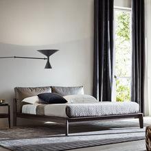 北歐輕奢極簡實木床 1.8米雙人床主臥真皮軟靠包白蠟木床現代簡約