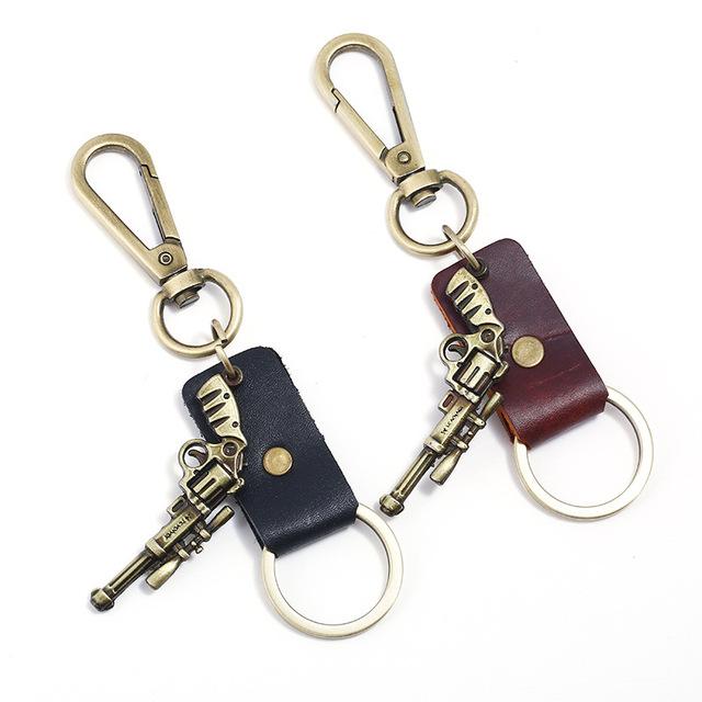 工厂货源复古牛皮钥匙扣赠品小礼品男士合金枪真皮钥匙扣一件代发