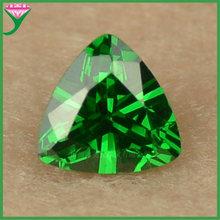 6*6肥三角形广西梧州合成立方氧化锆石 绿锆 人工祖母绿宝石裸石