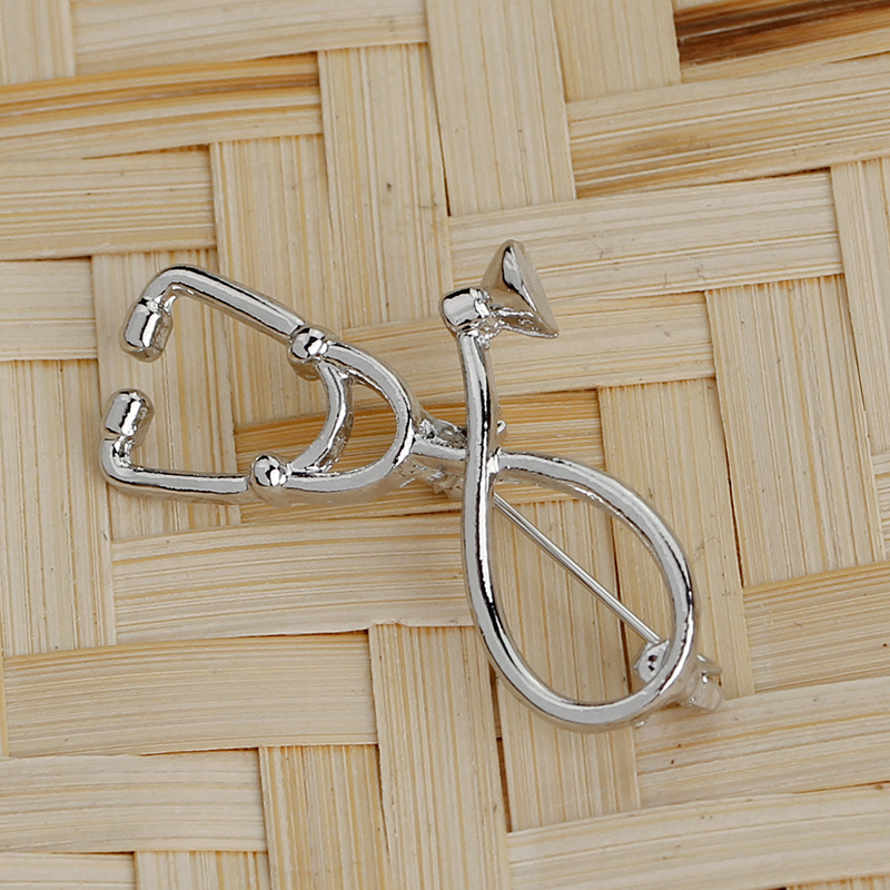 New minimalist doctor stethoscope fashion brooch clothing accessories bags accessories nihaojewelry wholesale NHMO213918