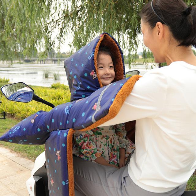 Cha-con xe điện kính chắn gió được tăng dày cộng với nhung gió mùa đông ấm áp là xe máy xe đạp Kính chắn gió