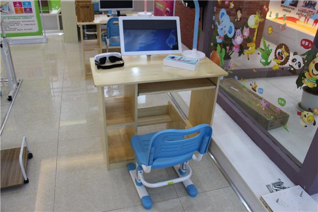 咨询写字桌哪个牌子好 小状元视力矫正义专业的 内外才兼备