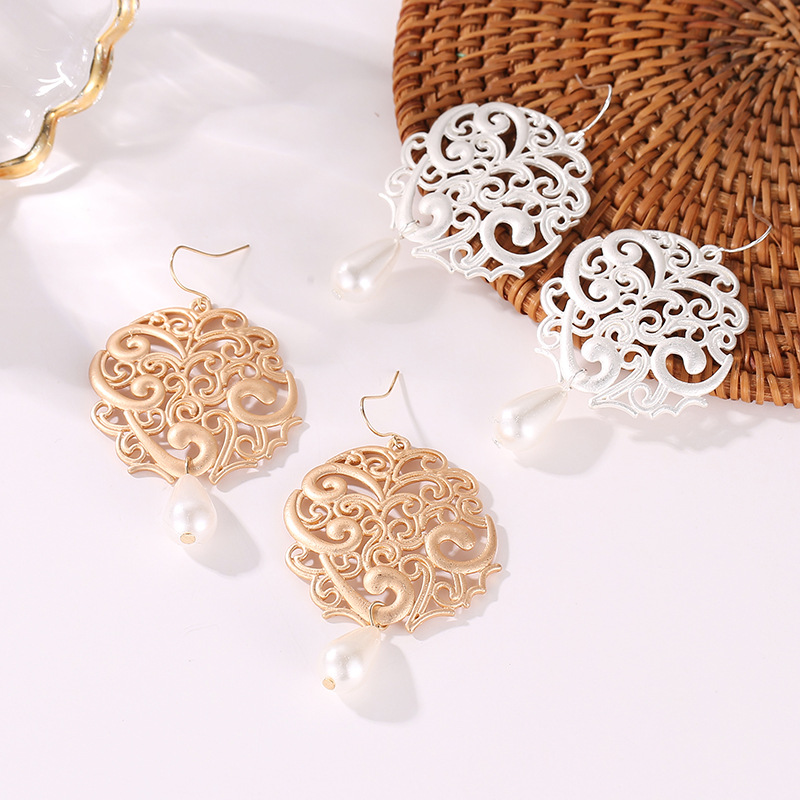 fashion hollow geometric round earrings female carved floral pattern water drop pearl earrings NHCU196698
