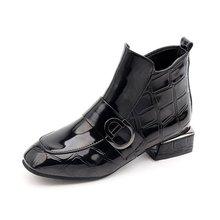 外贸爆款女式皮靴大码2018秋冬季新款短靴中跟英伦方头粗跟马丁靴