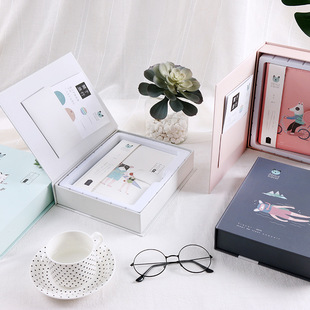 """About Travel"" PU Traveler Account Book Loose-leaf Handbook Gift Box Travel Diary"