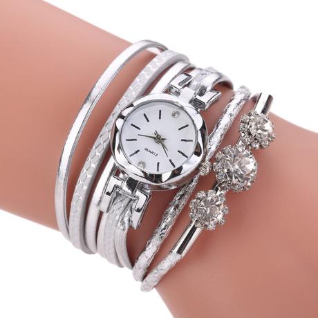 Đồng hồ đeo tay nữ thời trang mới Đồng hồ đeo tay thời trang PU Fine Dây đeo kim cương hợp kim tinh tế