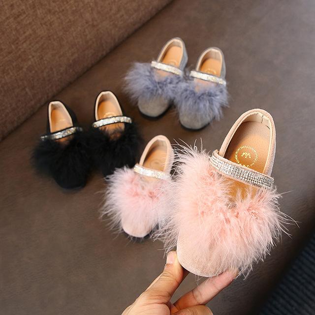 Giày công chúa mùa thu 2018 mới Giày nữ công chúa Hàn Quốc thực sự có lông trẻ em nhỏ Giày sinh viên lớn đế mềm Giày công chúa