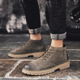 Autumn men's high-top shoes in the desert short boots leather trend tooling military boots wild England Martin boots men