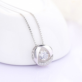 S925 sterling silver Japan and South Korea simple ladies diamonds smart necklace zircon will beat heart pendant clavicle chain