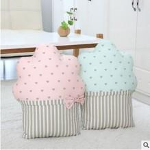 创意ins玩具 冰淇淋蛋糕抱枕毛绒靠垫 枕午睡枕头情人节生日礼物