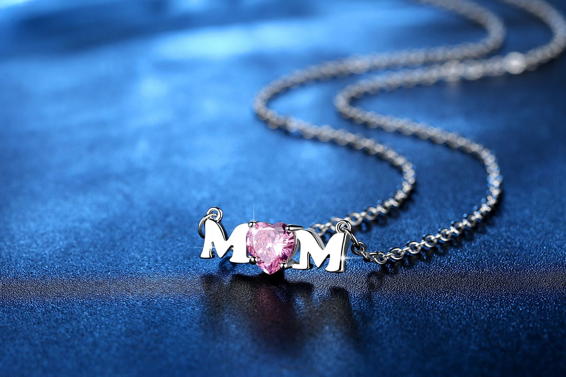 New Mother's Day Necklace Pink Heart Shaped Zircon Alphabet Necklace Necklace Wholesale NHKN208023