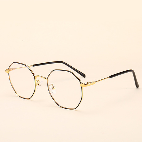 Kính phẳng mới 2018 nam nữ kính cận thị kính tee kính khung học sinh kính thời trang gọng kính 8047
