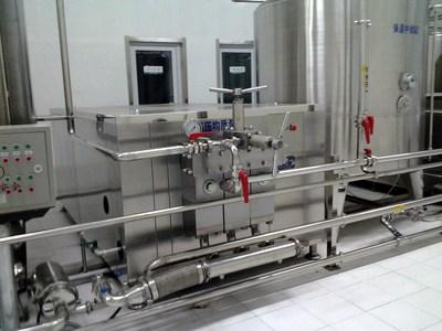 供应宜轻牌高压均质泵 均质泵 高品质