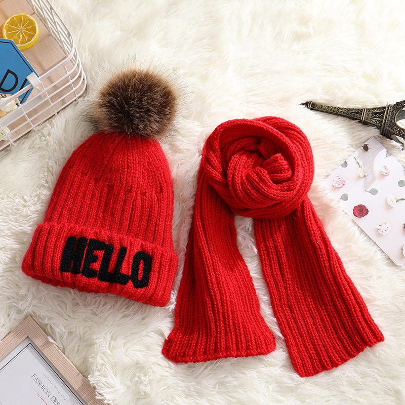 قبعة دافئة مخملية للأطفال جديدة ، قبعة صوفية محبوكة مطرزة ، قبعة مرحبًا ومجموعة وشاح من قطعتين