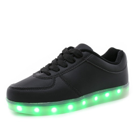 Autumn new ghost dance shoes USB charging LED lights shoes boys and girls casual shoes shoes luminous shoes batch