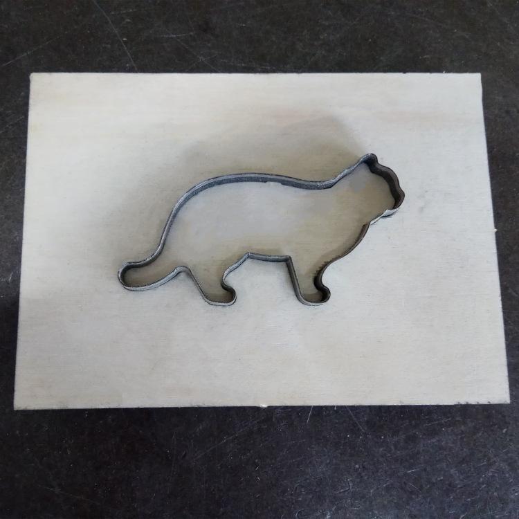厂家直销来图订做激光刀模卡通刀模供应精密木板激光刀模定制xiao
