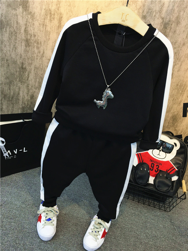 Boys' casual suit fall 2018 new long sleeve baby black and white splicing sweater children's sports two piece suit