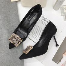 单鞋女春夏2019新款水钻尖头鞋浅口黑色宴会细跟高跟鞋女一件代发