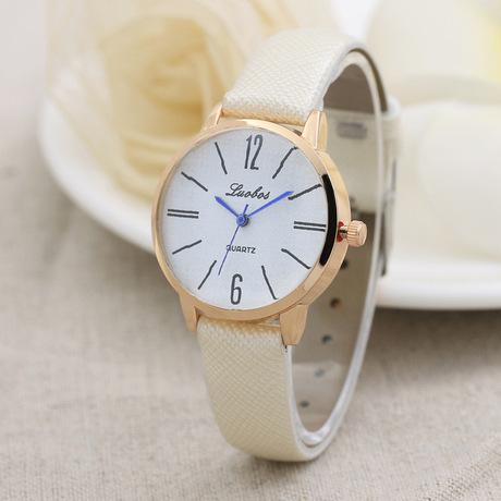 Sáng tạo LBS kỹ thuật số stud quy mô vành đai đồng hồ nữ kim cương hình lồi thạch anh đồng hồ nữ bảng bán buôn
