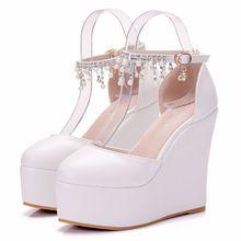 夏季厚底坡跟圆头珍珠流苏超高跟34码单鞋白色PU凉鞋软底女鞋婚鞋