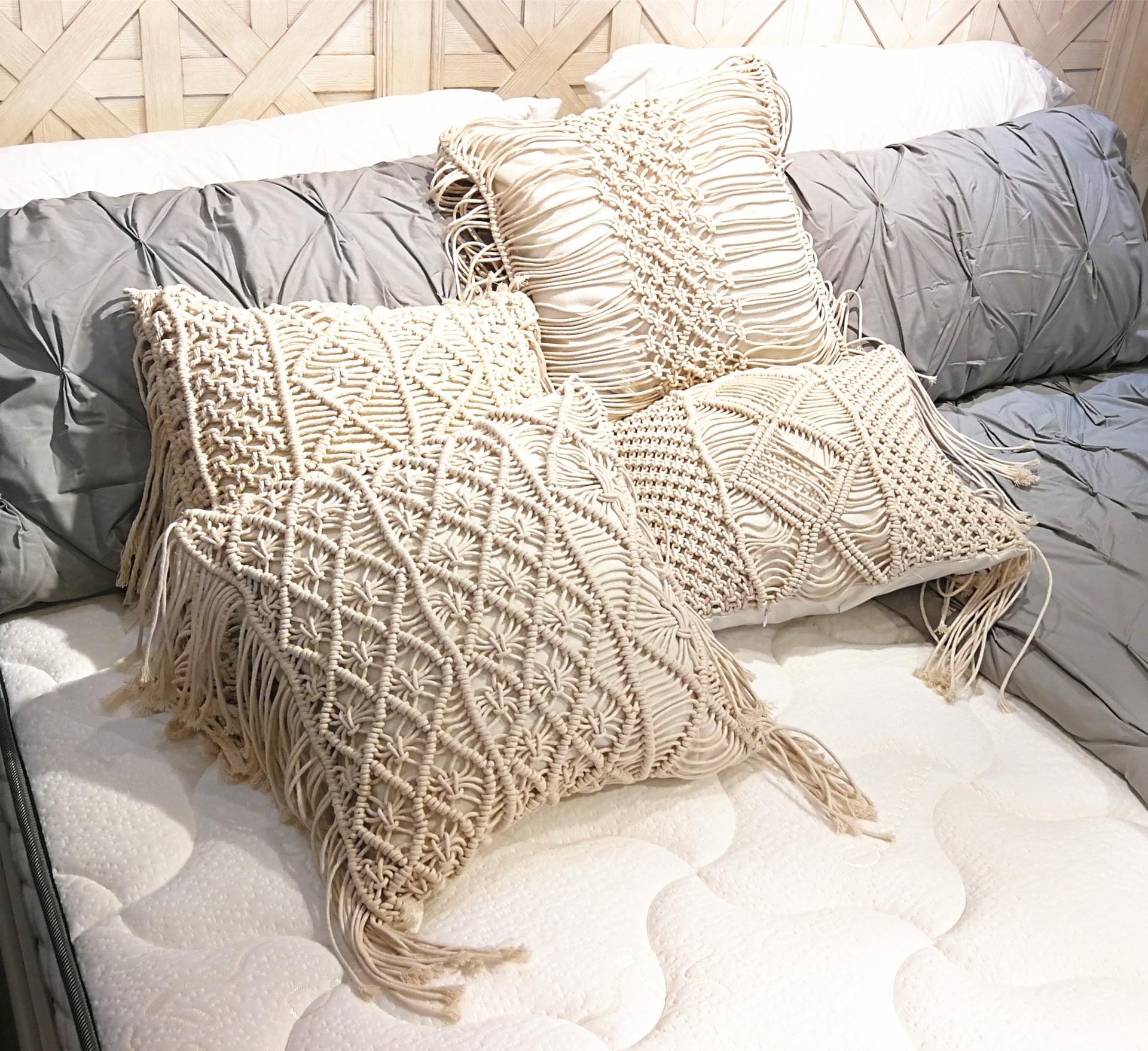 Boho Decorative Pillows Macrame Bed Throw Pillows Beige Zipper Tassel Handmade Knit Pillowcases Floor Cushion Couch Outdoor Cushions Clearance