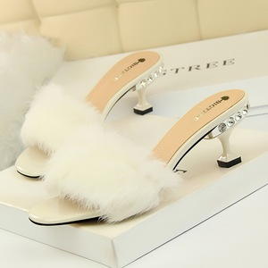 ស្បែកជើងនារី Women Fashion Half Slippers With Furry Rabbit High Heels Shoes PZ542407