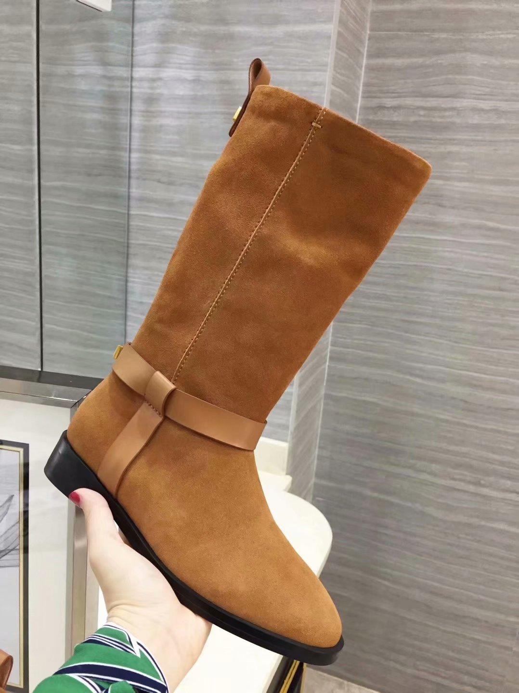 牛皮靴女秋冬欧美马靴真皮平底铆钉中筒靴骑士靴军靴厚底保暖长靴