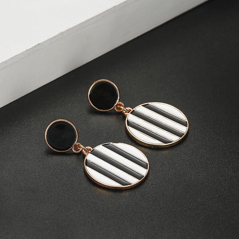 Retro geometric oil drop black and white circle earrings NHGQ373062